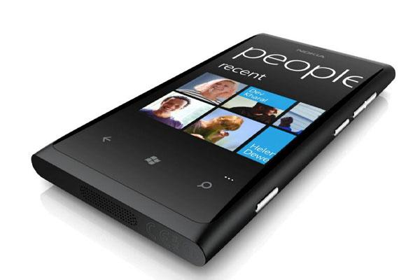 Đánh giá điên thoại Nokia Lumia 800