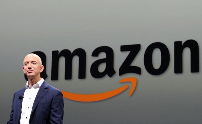 CEO Jeff Bezon của Amazon
