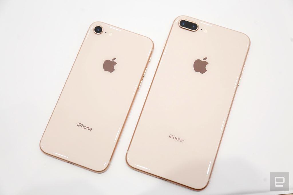 Trên tay chiếc điện thoại iPhone 8/iPhone 8 Plus: có phải chiêu trò của apple không?