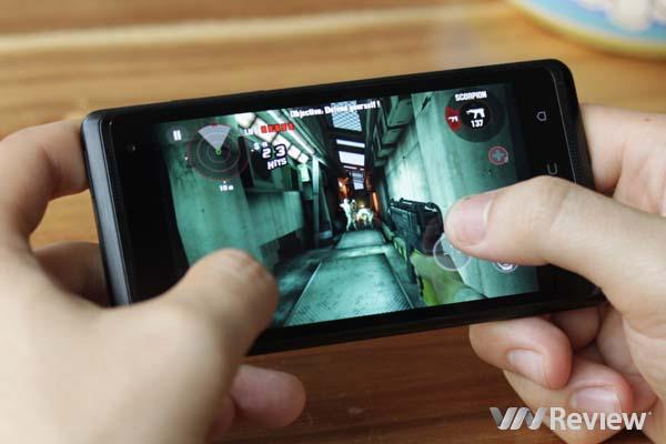 Trên tay smartphone HTC Desire 600