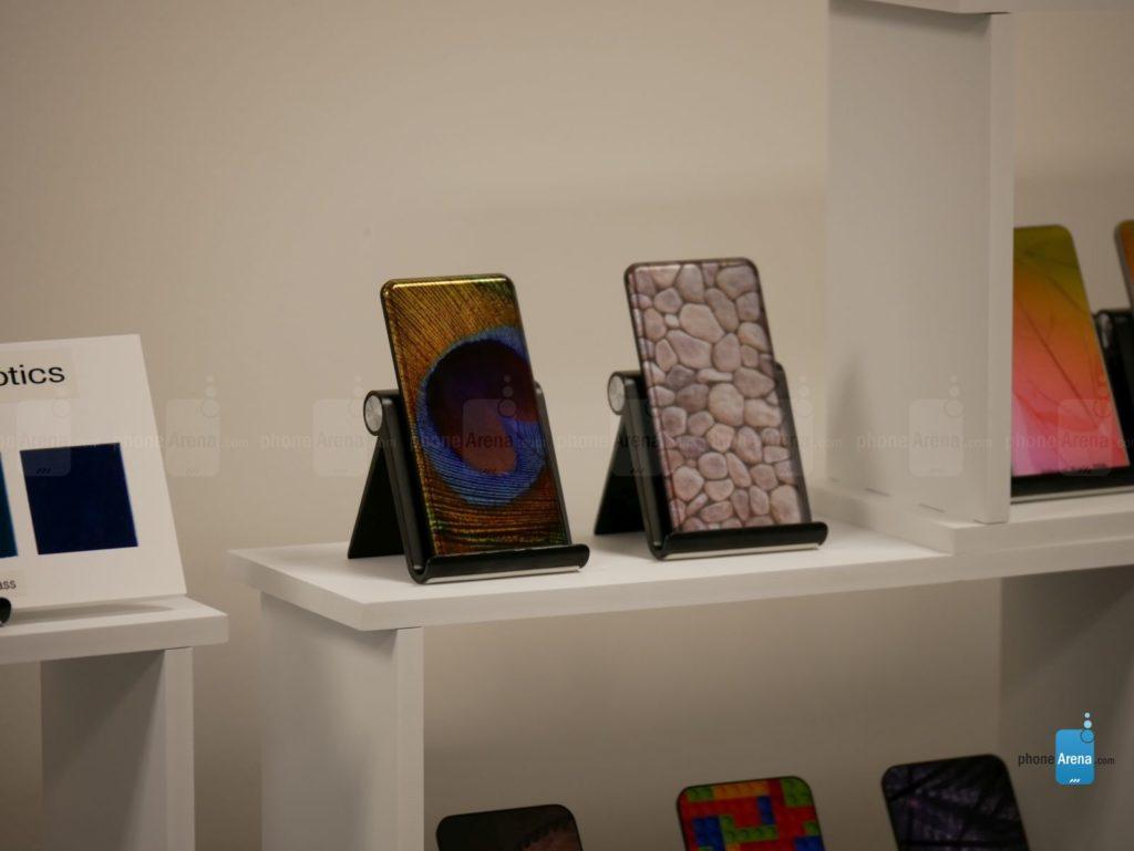 Họa tiết được in chất lượng cao trên mặt kính Gorilla Glass