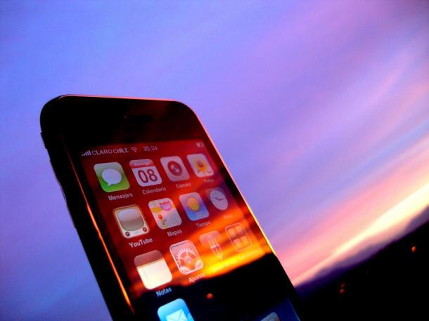 Top 10 quảng cáo smartphone ấn tượng nhất thế giới