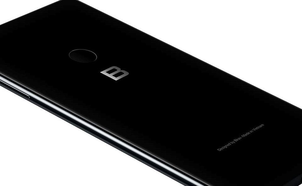 """BPhone 3 lộ bản thiết kế kiểu dáng, không """"cằm như iPhone X"""