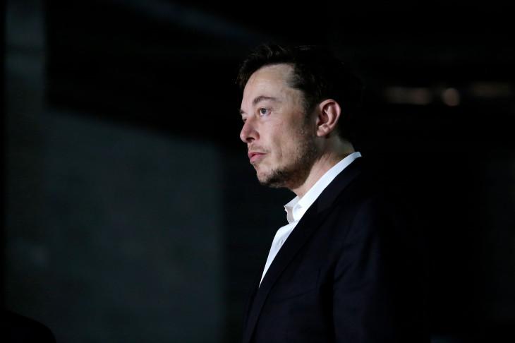 Elon Musk giải thích lý do vì sao mua lại Tesla là bước đi hợp lý hiện tại