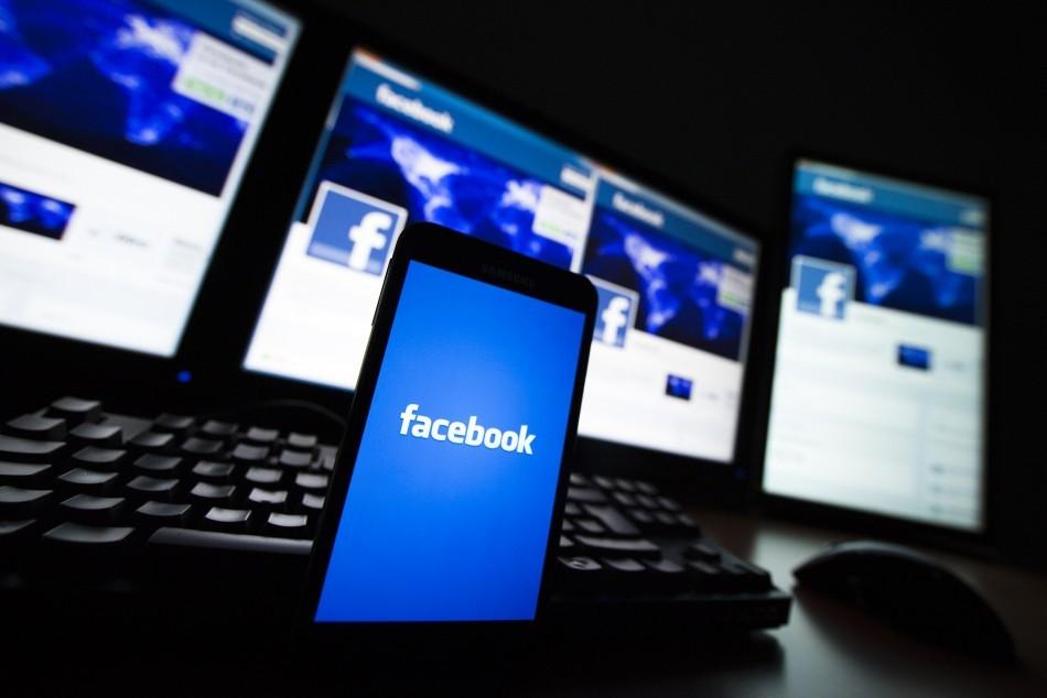 Làm thế nào xóa nhiều bài đăng Facebook cùng một lúc?