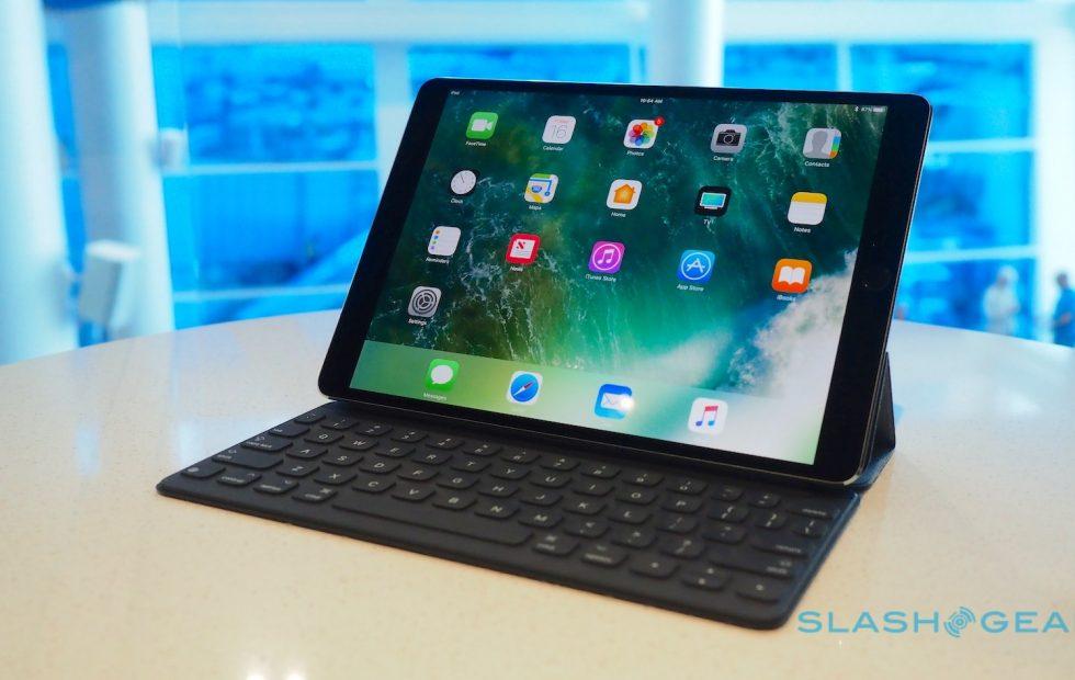 Smart Connector hiện tại chỉ cho iPad dùng theo chiều ngang