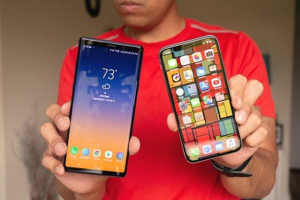 Thử thách thả rơi Galaxy Note9 và iPhone X: Smartphone nào sẽ bền hơn?