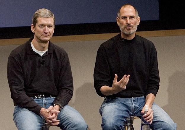 Tim Cook và Steve Jobs