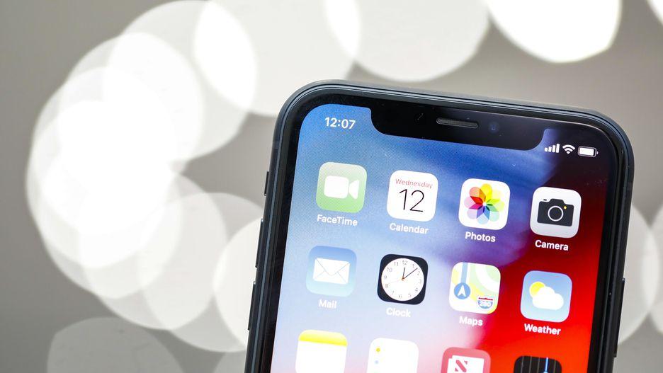 4 gia-ban-iPhoneXs-tai-TPHCM-Ha-Noi-bao-nhieu