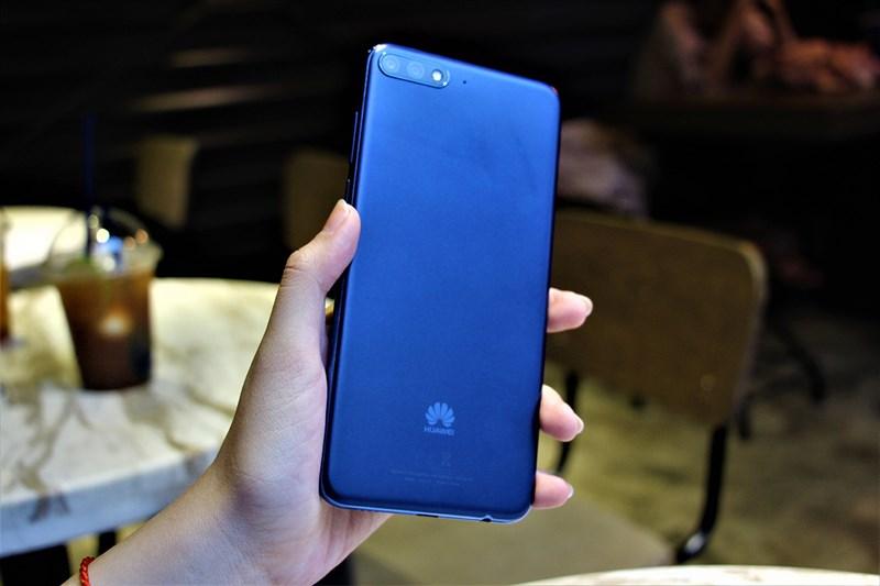 Đánh giá Huawei Y7 pro 2018: Rẻ, pin khỏe, chơi game cực mượt