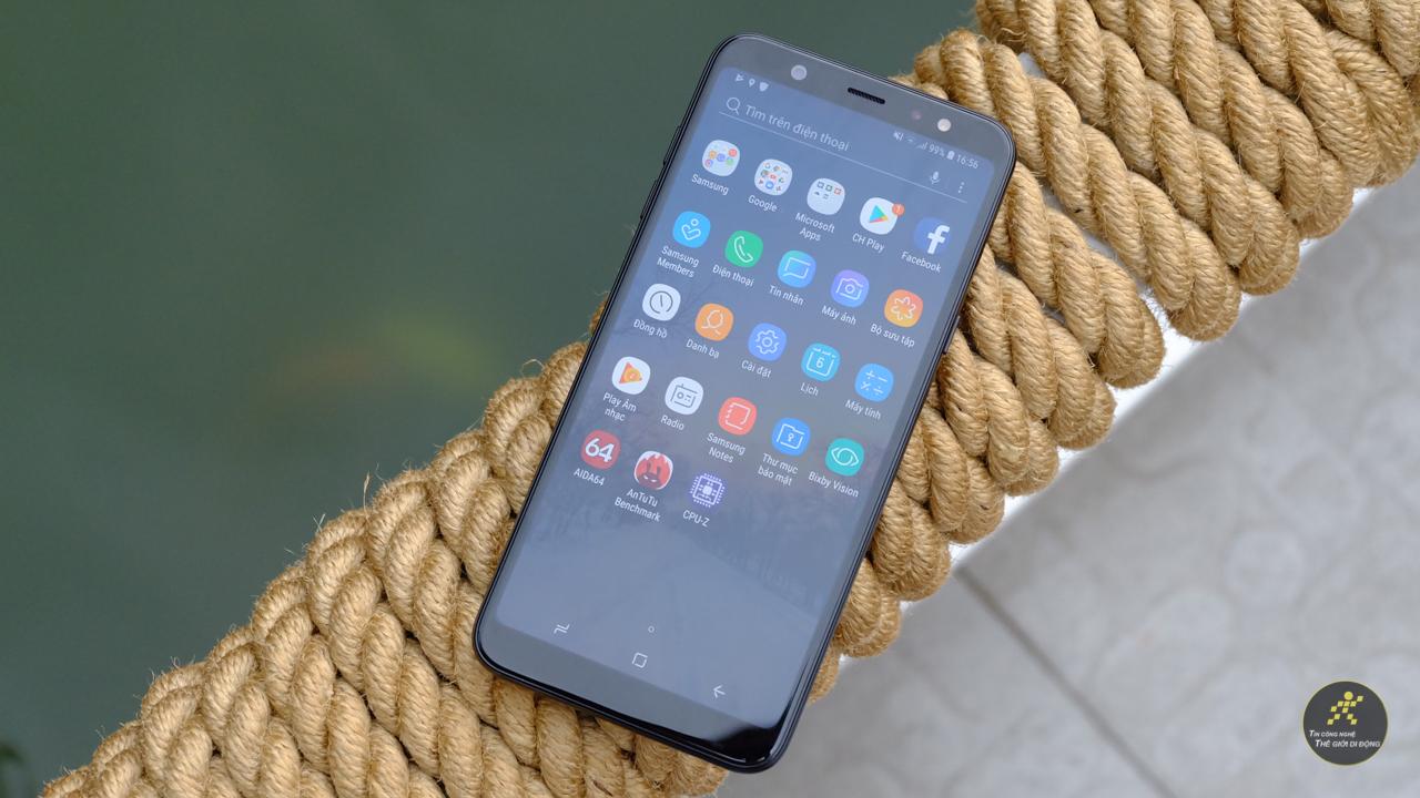 Đánh giá chi tiết Smartphone Galaxy A6+ 2018