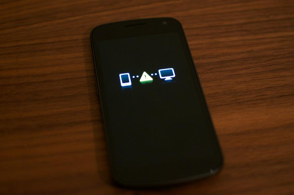 Các cách xử lý điện thoại Android khi up rom thất bại